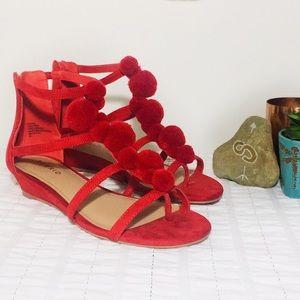 TORRID   Pom Pom Wedge T-Strap Sandals Red 7W
